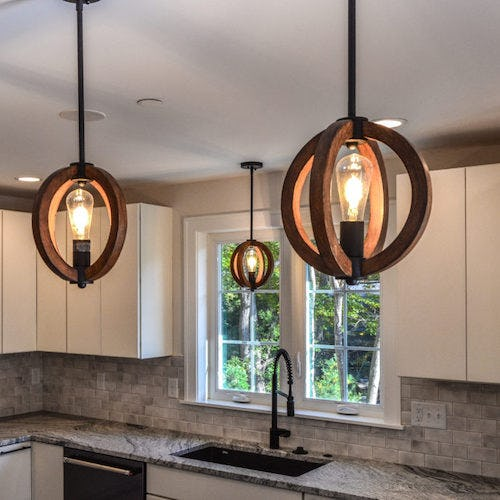 Light Fixtures in Kitchen>