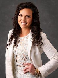 Megan Wooley Headshot